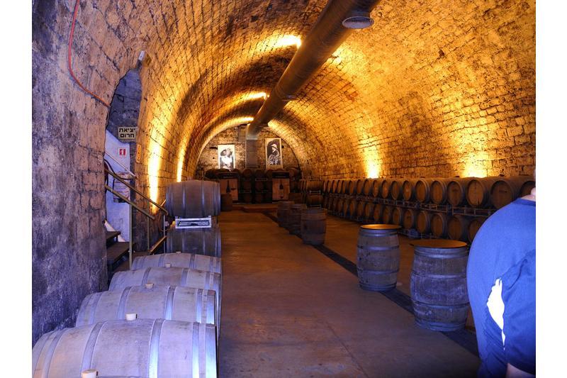 carmel-winery-tasting-cellar